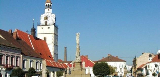 Ivančice: Dětské hřiště na ul. Sportovní opět září novotou