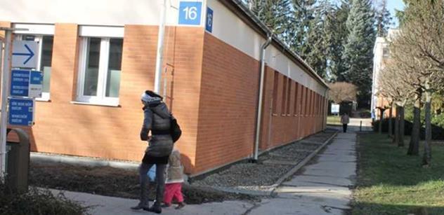 Čunek mohl hlasováním o zlínské nemocnici mimo program porušit práva občanů a povinnosti kraje