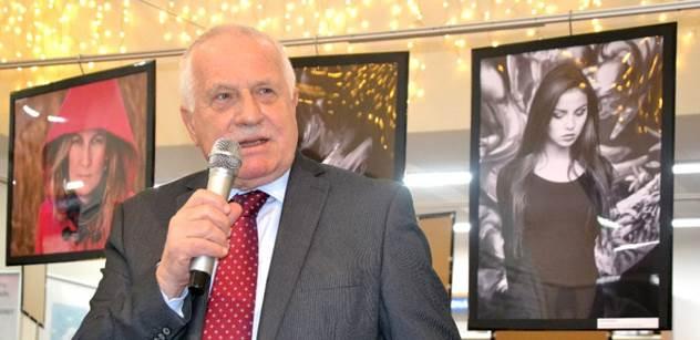 """Václav Klaus zaútočil na podraz, za který podle něj může Martin Bursík. A k """"tak zvaným uprchlíkům"""" řekl..."""