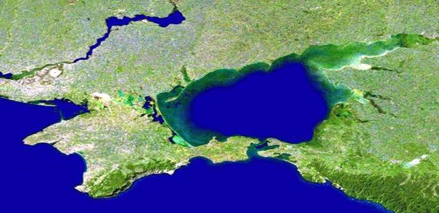 Ani nenaplněné naděje nesnížily nadšení Rusů z připojení Krymu