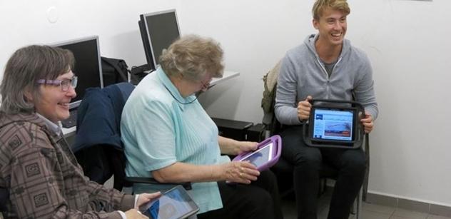 Praha 5: Komunitní centrum Prádelna a vzdělávání seniorů v oblasti digitálních technologií