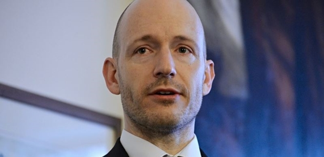 Kdy bude prezident prosazovat skutečné zájmy Česka, táže se kandidát do Senátu Lepš