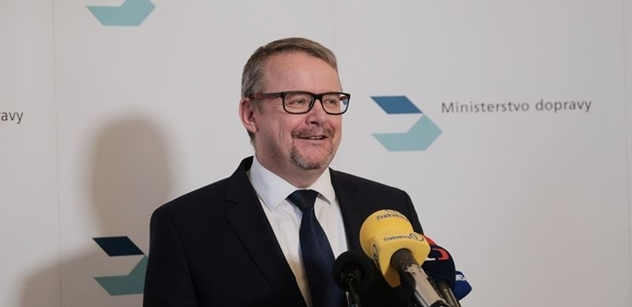 Ministr Ťok: Na stavby nových dálnic a železnic půjde 86,3 miliardy