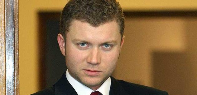 Ekonom: Ukrajina hnije kvůli odpornému pokrytectví a válečnému štváčství EU, která nahrává mafii a diktátorům