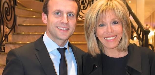 Emmanuel Macron prý řval na Babiše. Co se stalo?
