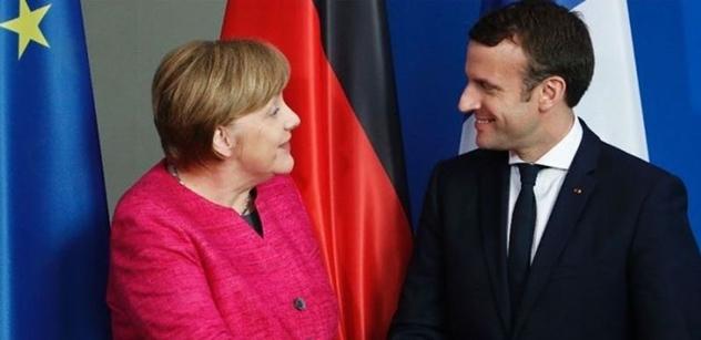 Nejsem povýšený, jsem jeden z vás, vzkazuje lidem Macron. Novinářům ale nadbíhat odmítá
