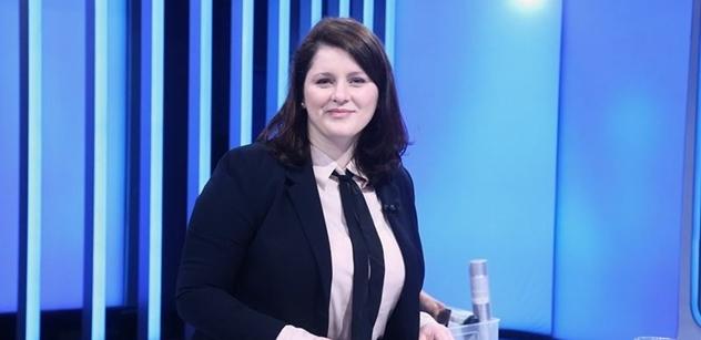 Paní ministryně, my spolu máme korektní vztahy, ale to, co mi tu říkáte... Maláčová v Partii zvedla ze židle Hampla