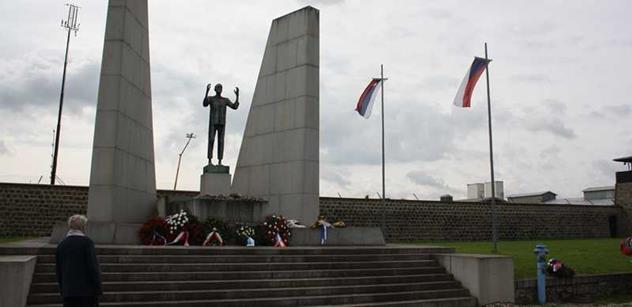 Byli Jsme V Mauthausenu Snazi Se Zabranit Budoucim Generacim Aby