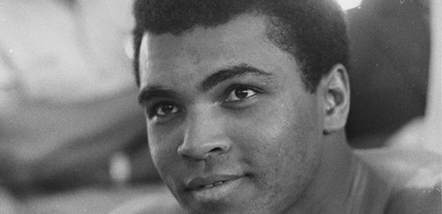Syn Muhammada Aliho: Trump je dobrý prezident. Black lives matter? Ďáblové, teroristé, sejmout je