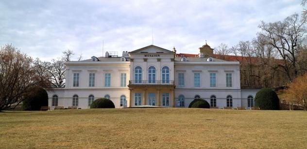 Praha 5: Výlet s tajenkou na Petřín potěší seniory, jejich děti i vnoučky