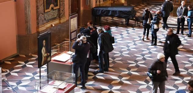 Národní knihovna: To se Marii Terezii povedlo. První den výstavy přilákal 737 návštěvníků