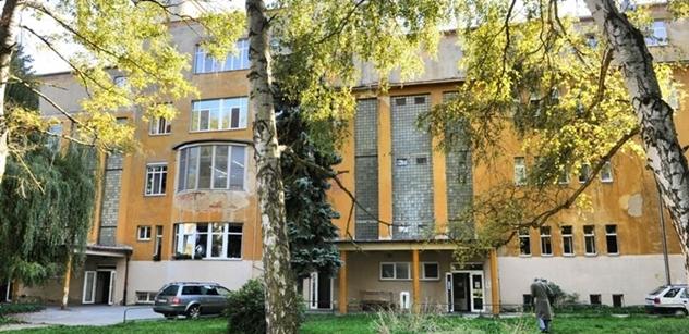 V chebské nemocnici zahájil provoz nový terapeutický rentgen