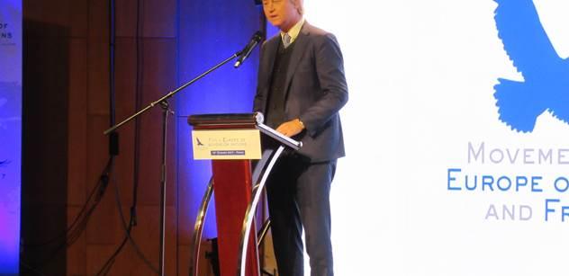 Wilders navštívil Maďarsko a je nadšen: Žádné známky islamizace. V knihkupectí jsem viděl svou knihu, kterou se v mé rodné zemi bojí vydat