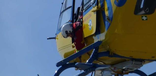 ZZS MSK: Vrtulník LZS letěl pro zraněné horníky na Frýdecko-Místecku
