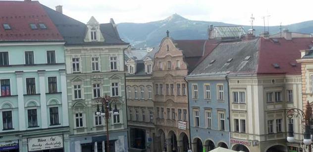 Konec války v centru českých Němců: Spousta kádrů z SS a nenávist. Čechy prý naháněli a stříleli ještě několik dní po válce