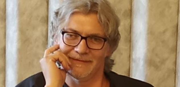 Petr Žantovský: Proti neziskovkám, přiblížit czexit. Můj plán do Senátu