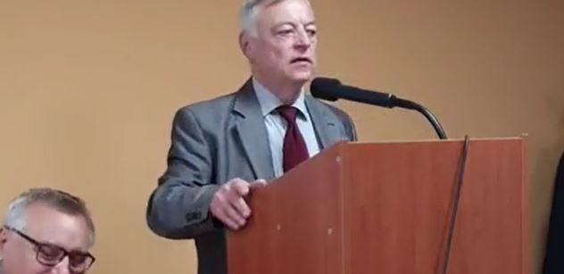 Petráš (BOS): Historické paralely