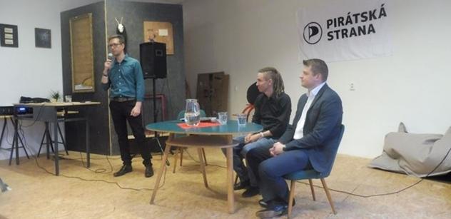 Ivan Bartoš v Liberci: Kdyby byla dlouho vláda bez důvěry, tak se Sněmovna může rozpustit. Ale...