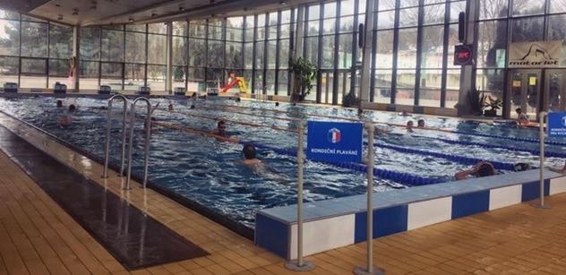 Praha 5 podpořila i pro rok 2021 pokračování zvýhodněného plavání pro seniory v bazénu SK Motorlet v Radlicích