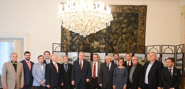 Prezident republiky se setkal s krajskými koordinátory projektu vodního koridoru D-O-L