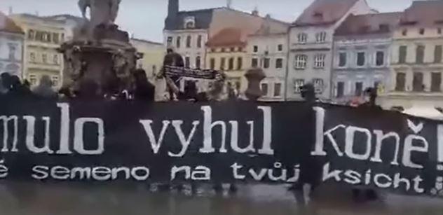 """VIDEO """"Prymulo, vyhul koně!"""" Budějovičtí rowdies se mstí za fotbal"""