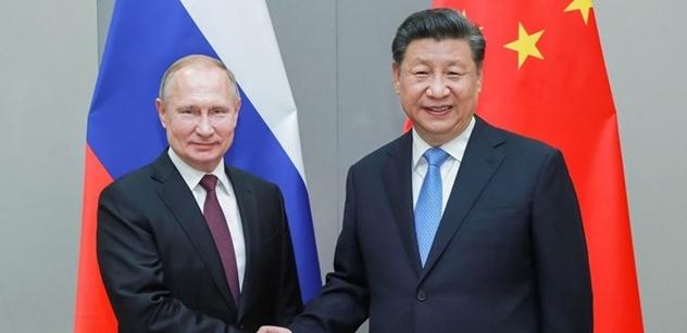 Analytik: Navalnyj? Ne. Vývoj kolem Ruska a Číny, který vám tají. Ano, i vakcína Sputnik