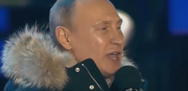 Šťastný Vladimir Putin. Kdo sledoval vysílání ČT o ruských volbách, zažil šok