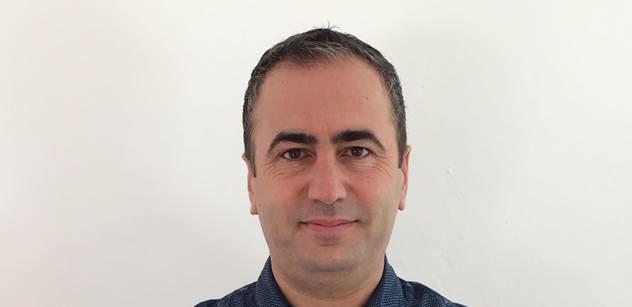 Syrský Kurd Khalil: Dejme uprchlíkům bezpečí, ale žádné hýčkání, ať pracují. A s Islámským státem je to takto
