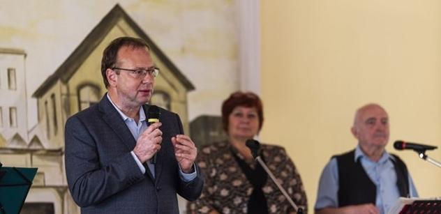 Praha 5: Petr Lachnit zahájil ve Smíchovském pivovaru oslavy Podzimního dne seniorů