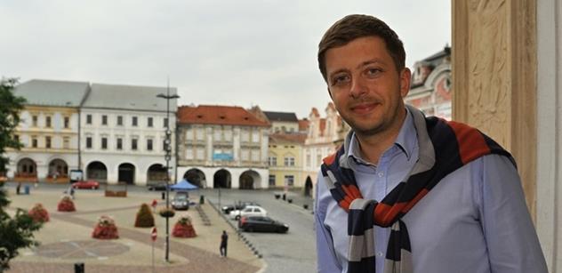 Rakušan (STAN): Za zahraniční politiku je stále ještě odpovědná vláda, ne Zeman