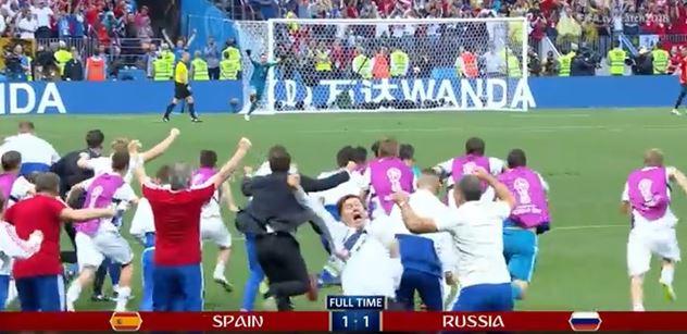 Žádní černoši! Rusové nemají ve fotbalovém týmu žádné černochy, žaluje Svobodná Evropa. To taková Francie...