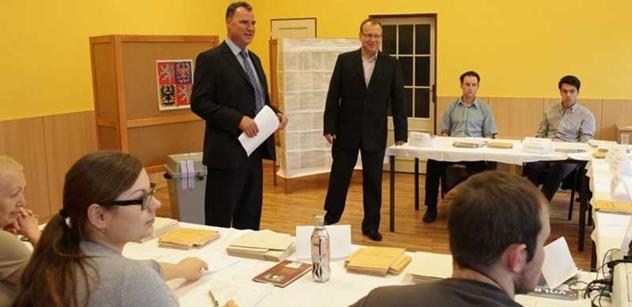 Praha 5: Zástupci radnice navštívili již všechny volební okrsky
