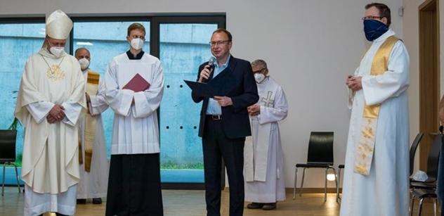 Praha 5: Otevření komunitního centra v kostele Krista Spasitele na Barrandově