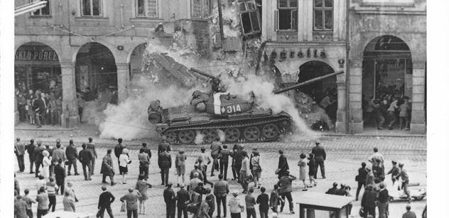 Historik: KGB zaznamenala na Ukrajině tisíc protestů proti invazi