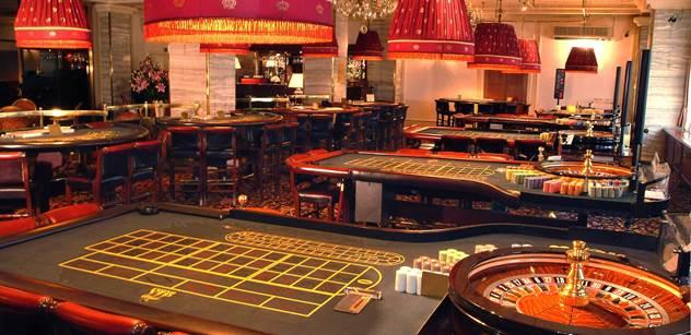 Autoři kampaně proti kasinu v okolí Holubic porušili právní předpisy