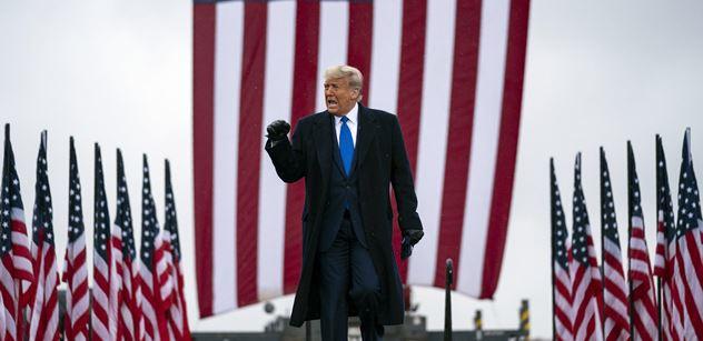 Hollywoodský herec proti proudu: Biden? To ne! Radši den ve frontě na Trumpa než roky ve frontě na chleba!