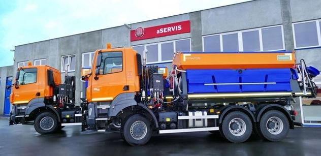 TATRA TRUCKS dodala nová vozidla pro údržbu komunikací s nástavbami Schmidt
