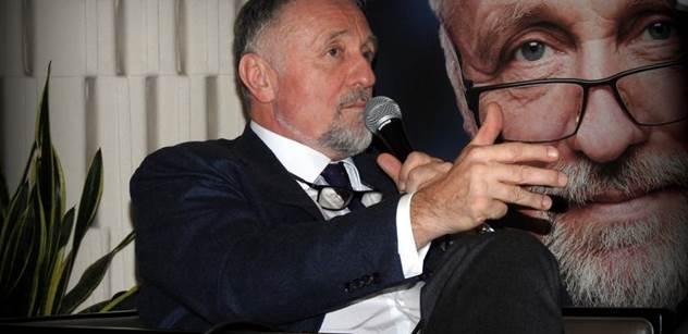 Hilšer utřel Topolánka: Nepotřebujeme strany, my integrujeme liberálně demokratické spektrum