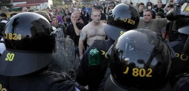 Revoluce policie: Z kanceláří do ulic, ubude papírování