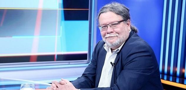 Vondra (ODS): Problém svobody vyjadřování na internetu není triviální