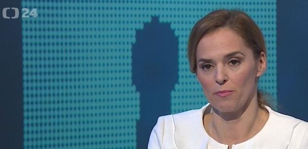 A to vás to nezajímalo? Neměl by Zeman mlčet? Witowská v ČT rozproudila debatu o BIS. Zkušený senátor ji tvrdě utnul