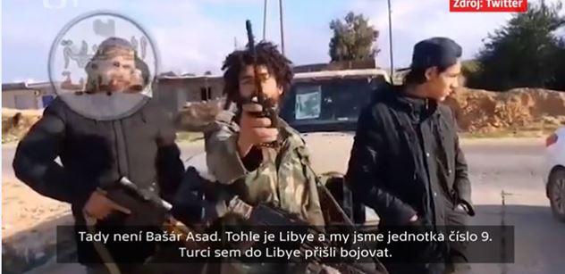 Teroristé připluli s uprchlíky, padlo v ČT. A dokonce: Svhrli jsme Kaddáfího a s ním i Libyi