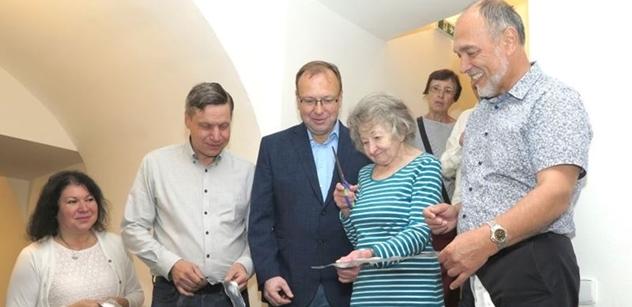 Praha 5: Radní Petr Lachnit otevřel nové Wellness centrum pro seniory