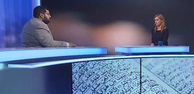 """""""Nemluvilo by se vám lépe s mužem?"""" Witowská si do studia ČT pozvala muslima a vůbec si nebrala servítky"""