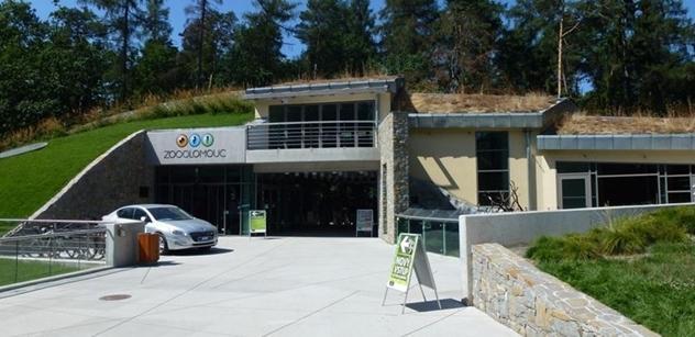 Zoo Olomouc: Vozový park se vydává cestou elektromobilů