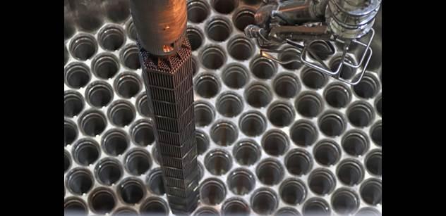 Rosatom: Začalo zavážení imitátorů paliva do 2. bloku Běloruské JE