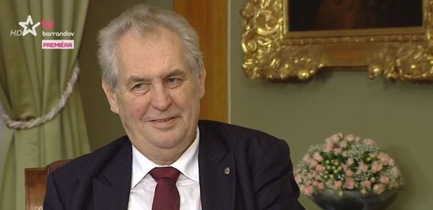 Prezident Zeman dostal od lidí návrhy na téměř 200 vyznamenání