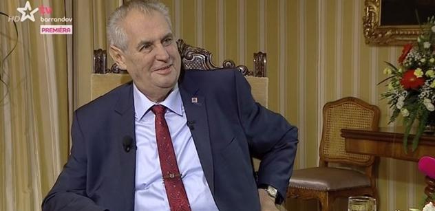 Prezident Zeman udeřil: Ti chudáčci demonstrovali za Kalouskovu televizi. A režisér, který vyzval lidi, aby mě nevolili, to je blbec!
