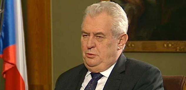Zeman ve Štrasburku vyčiní EU za byrokracii