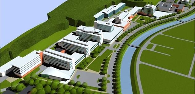 Nová nemocnice by Zlínský kraj mohla vyjít na 12 miliard, rekonstrukce té staré by ušetřila až polovinu, tvrdí autor posudku Havel